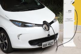 Imagem ilustrativa da notícia: Renault encomenda mais quarenta unidades do elétrico Zoe