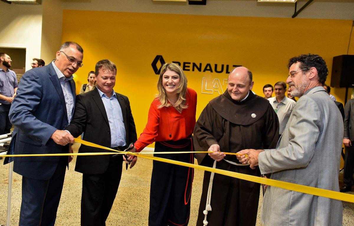 Imagem ilustrativa da notícia: Renault inaugura laboratório em Curitiba