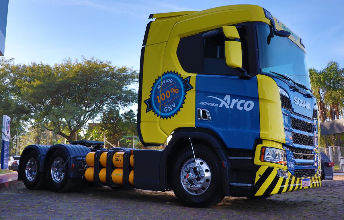 Imagem ilustrativa da notícia: Scania vendeu 50 unidades do caminhão a gás