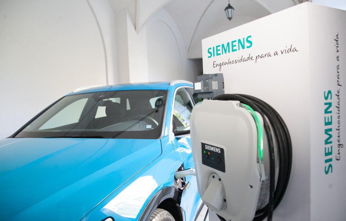 Imagem ilustrativa da notícia: Oferta maior de veículos elétricos anima fabricantes de carregadores