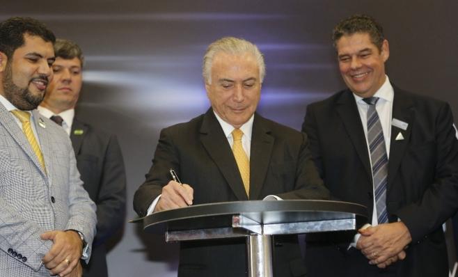 Imagem ilustrativa da notícia: Rota 2030: MP aprovada e decreto assinado.