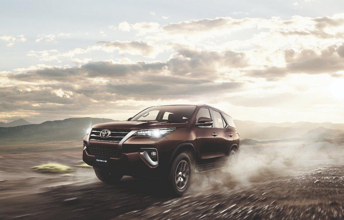 Imagem ilustrativa da notícia: Toyota lança Hilux e SW4 2020