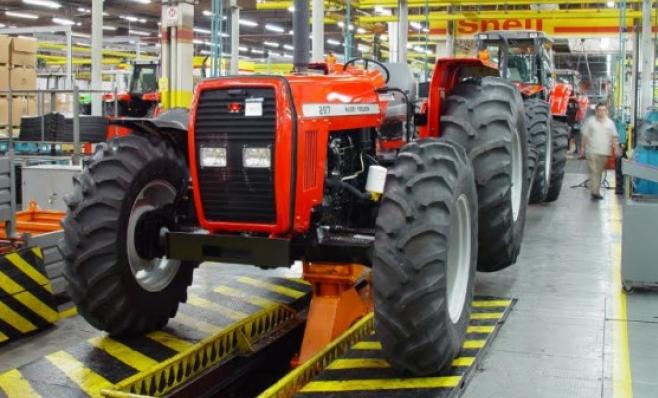 Imagem ilustrativa da notícia: Vendas de máquinas crescem no ano e caem em novembro