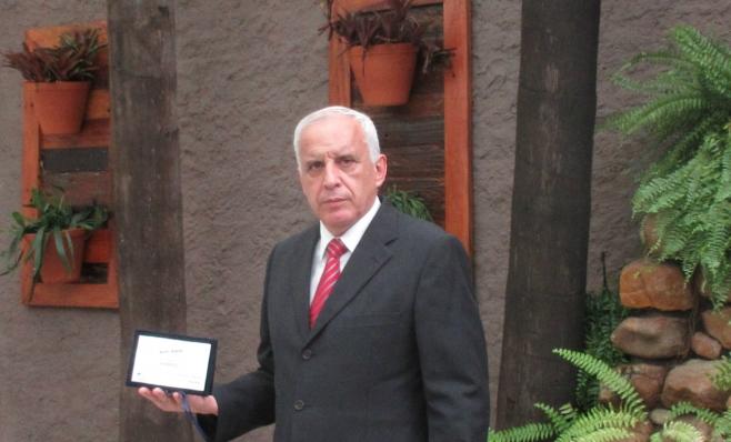 Imagem ilustrativa da notícia: Maxion Wheels recebe a placa do Prêmio AutoData
