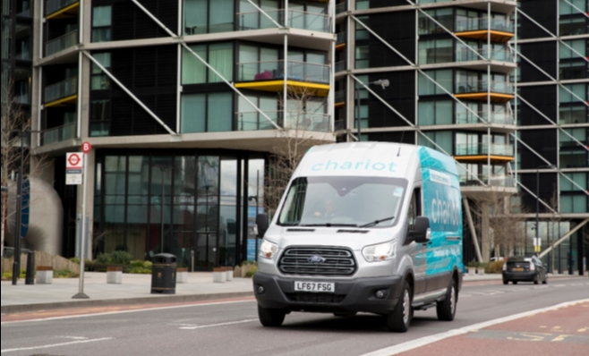 Imagem ilustrativa da notícia: Ford lança o serviço de vans Chariot em Londres
