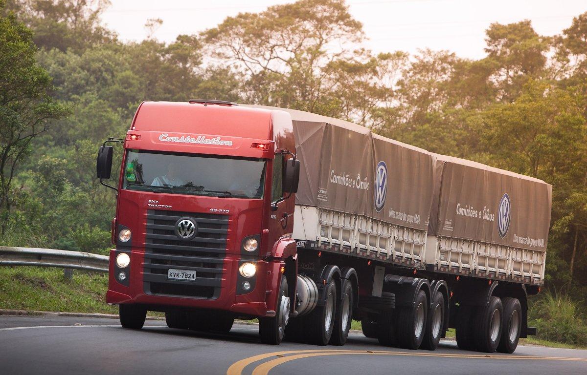 Imagem ilustrativa da notícia: Vendas de caminhões superam o volume de todo 2017