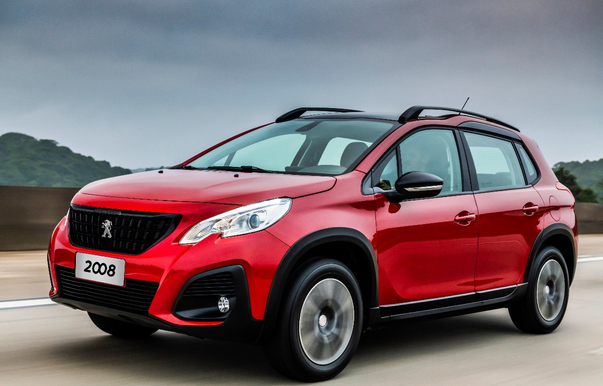 Imagem ilustrativa da notícia: Versão THP automática do Peugeot 2008 chega à rede