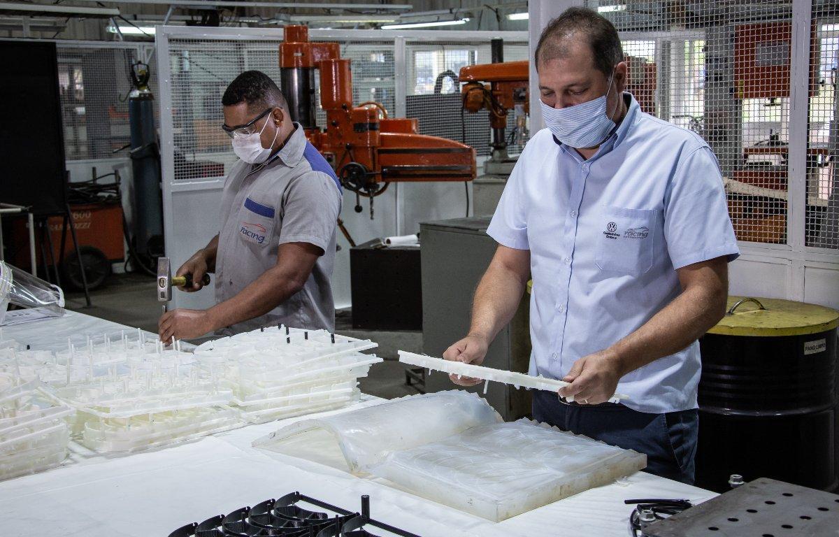 Imagem ilustrativa da notícia: Volkswagen Caminhões produzirá máscaras em Resende