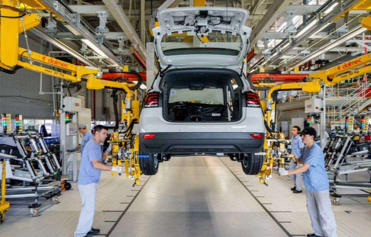 Imagem ilustrativa da notícia: Volkswagen estende parada até o fim de abril